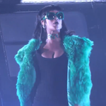 """.@Rihanna Performs """"Bitch Better Have My Money"""" at Radio Awards In L.A. (Video) #BBHMM http://t.co/tP5ylIexC0 http://t.co/ZBvWTXjg4j"""