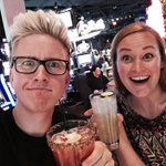 It has begun! @mametown and I are taking Vegas for #HeyUSA. Obviously, we got drinks within 10 minutes of arrival. http://t.co/Tgg1rOC1H1