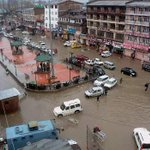 Flash flood in Jammu and Kashmir again. My all sympathy and moral support to the people of the state http://t.co/Et9qtlCJWx