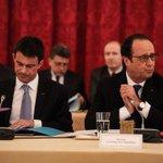 Départementales: La presse cinglante contre le couple Hollande-Valls http://t.co/J1gDLHCAcC http://t.co/5gAZm9iWU7