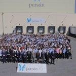 El Rey, con los empleados de Persán y @zoidoalcalde, en su visita a las instalaciones de la empresa. #Sevillahoy http://t.co/YQ6DPOss4j