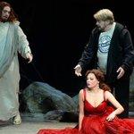 Песков: Государство вправе ожидать корректных постановок в театрах http://t.co/LWPKmdccJu http://t.co/IniTg7ksd7