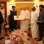 Delegation meets PM Shri @narendramodi on National Maritime Day http://t.co/rDr7uea94q