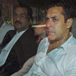 2002 hit-and-run case: @BeingSalmanKhan's driver says he was driving the car http://t.co/CN6Twuc9H7 http://t.co/QwNW7FL9aW