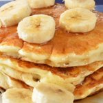 Pure and simple recipe of the day: Banana pancakes http://t.co/PfeSwp8OzN http://t.co/PZh59wuTwM