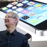 """Apple CEO compares """"discrimination"""" of Indiana law to Jim Crow: http://t.co/8TUiZXkVd7 http://t.co/JChPqyN8tQ"""