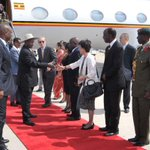 @KagutaMuseveni signs deal with Chinese company to construct Kasese railway line: http://t.co/5pUQrRh4O4 http://t.co/TMga2cdQWx
