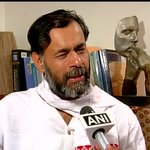 Im member of AAP, Ill not talk abt other parties. Its not for me to say these things. Arvind ji did: Yogendra Yadav http://t.co/yedyH7dbHV