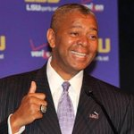 INSTAGRAM:Tiger Fans help us wish Happy Birthday to our Head Coach, Johnny Jones! #LSU #lsufamily #TheBullet http://t.co/Zw3lrd8EKj