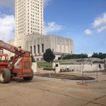Work continues on the Louisiana Capitol fortress. Pretty sure the next step will include digging a moat... #lalege http://t.co/Pt3NApLUW0