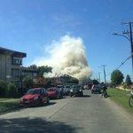 Incendio feroz frente gimnasio ufro!!! Temuco @24HorasTVN @biobio http://t.co/WLLmnMwLEd