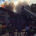 Incendio se registra principalmente en el techo #Temuco Simón Bolívar/Paula Jaraquemada @biobio http://t.co/OD4epoTqot