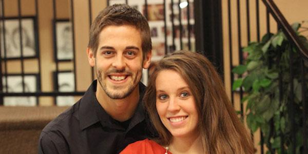 Happy engagement anniversary, Jill and Derick Dillard! 19Kids @TLC