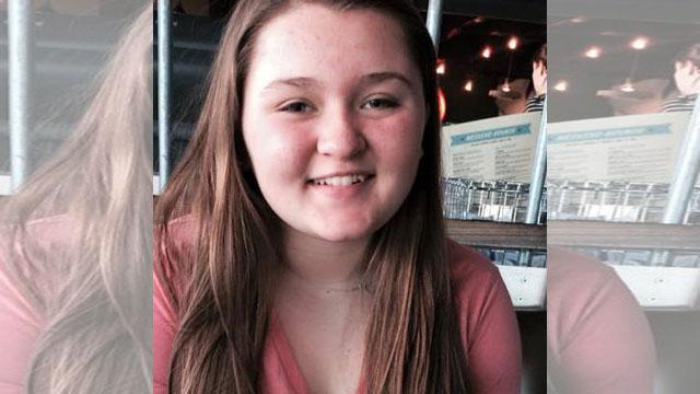 Amber Alert issued missing 13-year-old Henry County, Missouri girl http://t.co/R8dLQxxr9s  #News4StLouis http://t.co/B2XvzMmFdH