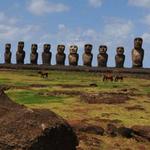 Rapa Nui en pie guerra con Chile: isleños se tomaron sitios arqueológicos y turísticos http://t.co/E9Kv7wenrv http://t.co/aeH7OqbTUB