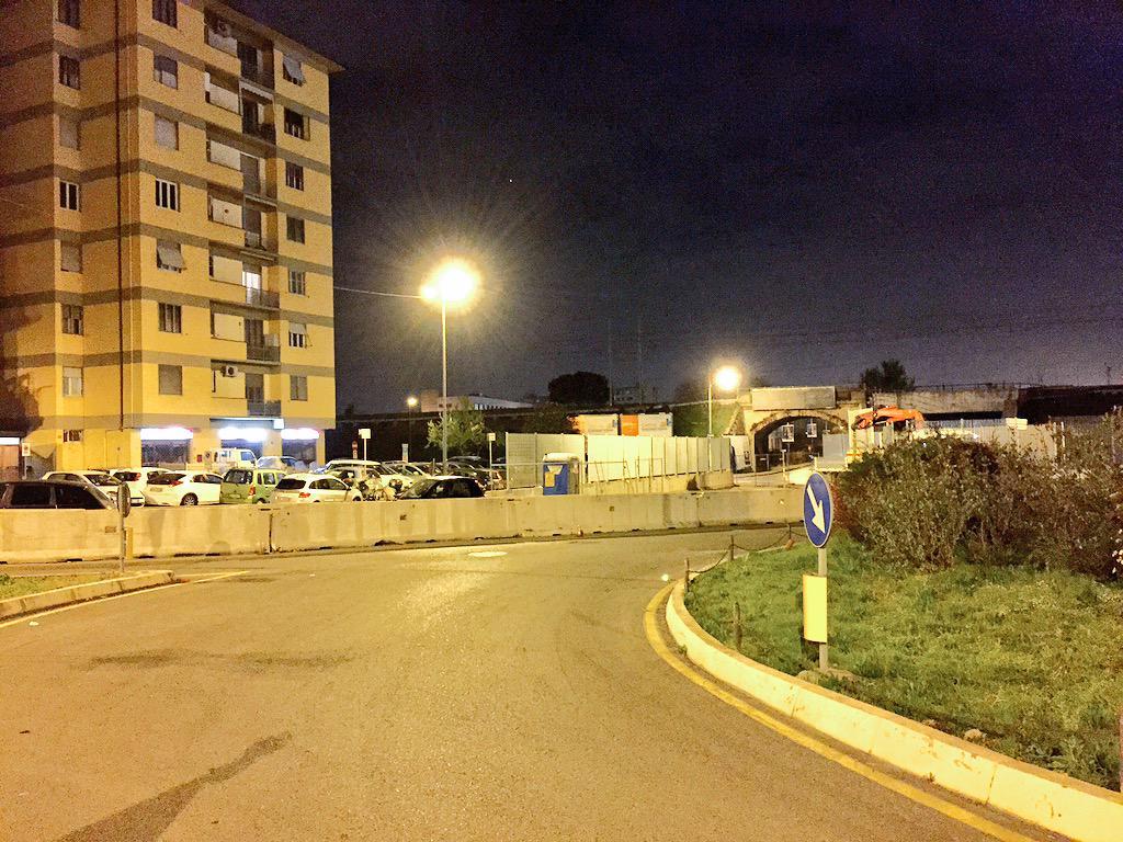 "RT @ferraro_filippo: #Tramvia #Linea2 È in procinto di cambiare l'assetto del cantiere A1 Garfagnana: operai prendono misure in notturna. h…<a target=""_blank"" href=""http://t.co/clIxkRL7Jq""><br><b>Vai a Twitter<b></a>"