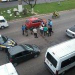 @belemtransito Acidente na Br em frente ao fórum de Ananindeua http://t.co/oimJWnMjtN