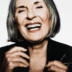 Oh. I adored Betty Churcher. Vale. ???? http://t.co/bRXzy1QXK9
