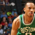 Avery Bradleys game-high 30 lead the Celtics to a 116-104 win over the Hornets. The Cs are back in the 8th spot. http://t.co/s4yrONtSUq
