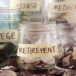 Half of Americans are saving next to nothing http://t.co/OptJJlaxMO By @KathrynVasel http://t.co/te6XcMRe1w
