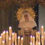 Virgen de las Aguas de la Hermandad del Museo @Hdad_Museo en las puertas de la Catedral #LunesSanto RT http://t.co/e2LDHpRfkC