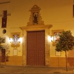Puerta de San Benito, a pocas horas de vivir un gran Martes Santo en La Calzá #SanBenito15 http://t.co/ihhFIKR52v