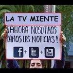 """""""@InakiUbiergo: El Gobierno esconde datos de la tragedia #BacheletMiente http://t.co/4eXa5ZXvPC""""hay mas fallecidos de los que se dice."""
