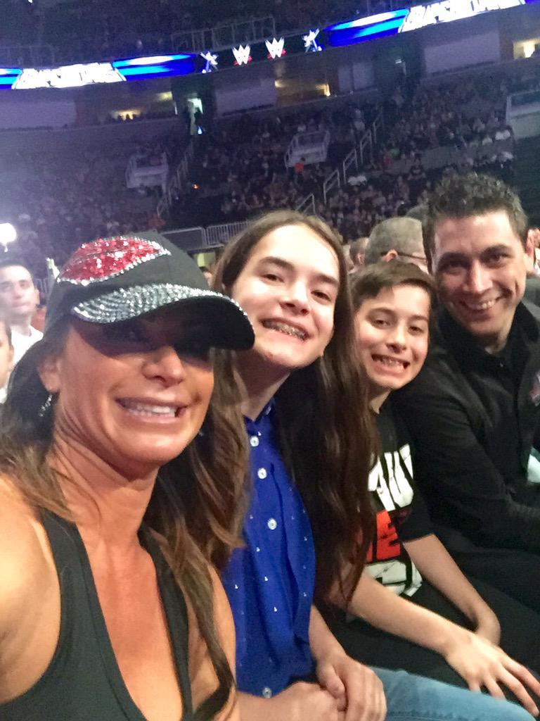 Reppin @HeymanHustle with Heyman's family http://t.co/sgpwRCEyBH