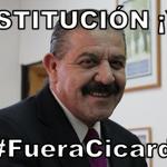 Ni basureros nuevos lo salvarán... #FueraCicardini #FuerzaNortedeChile http://t.co/VeO3nRftrr