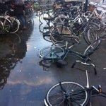 #fietsstad? RT @MarkOldengarm: Gisteravond in #zgr agenda water en Spoorzone. Dit is station vanochtend. http://t.co/aYjEZDIwf5