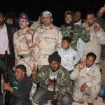 طبرق تستقبل منتسبي الكتيبة 415 القادمة من جبهة السدرة http://t.co/wxH4hUoZDI #طبرق #ليبيا #Libya #tobruk #أخبار_ليبيا http://t.co/SV5XWww6y4