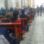 Mas de 100 jóvenes participan en vigilia pascual en iglesia el Calvario en la Z. 1 de #Xela.@stereo100xela http://t.co/Et3TVrNcc5