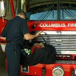Columbus firefighters volunteer to staff Cincinnati stations as they honor a fallen colleague http://t.co/resFg1z1RR http://t.co/zlKywA4eK3
