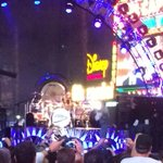 Van Halen on @jimmykimmel . Stopped few words into Panama when David Lee Roth cut nose on microphone. #epic http://t.co/xRYwo2wDZW