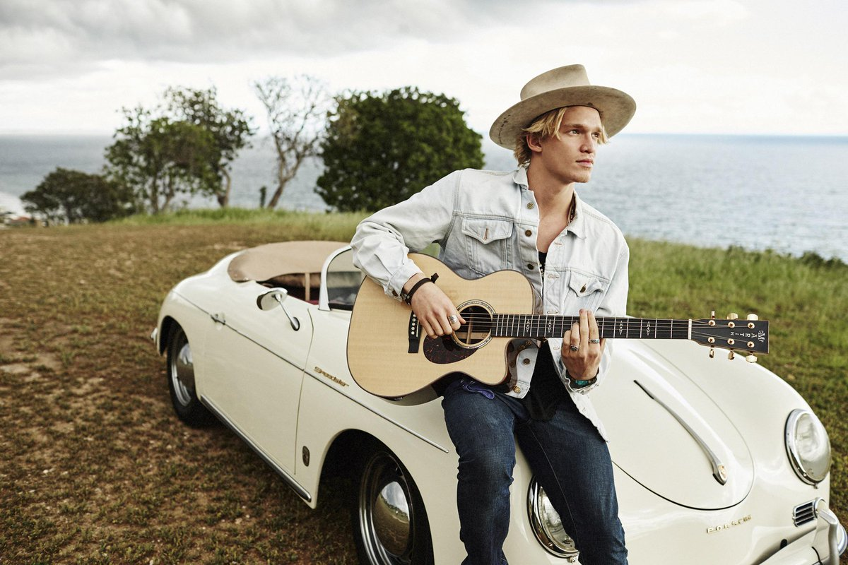 .@MTV First: Hear #Thotful, the latest folk-pop single from Australia's own @CodySimpson. http://t.co/iDrNqoCxke. http://t.co/XjRqoJgIJm