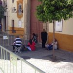 Así se encuentra la puerta de San Benito en estos momento, via @Eluluca #SSanta15 http://t.co/3M0eEc97EW