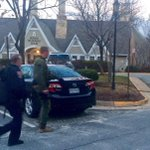 SWAT teams with dogs search for active shooter near INNOVA FFX Hospital which remains on lockdown http://t.co/XHkcMMuogf