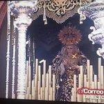 Un año más sonó el Himno de Andalucía en la salida de @DoloresdelCerro. #LaPasion2015 @TDSevilla @PepeluArteSacro http://t.co/gosbzJ295y