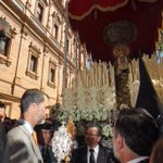 Ya está tardando S.M el Rey Felipe VI en hacerle un follow a @ManoloRL cc @CasaReal http://t.co/o6bGb9b8nm