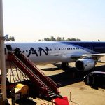Atentos los viajeros: LAN cancela todos sus vuelos nacionales e internacionales a Argentina http://t.co/pvGGFyRqRg http://t.co/WPW33Ys4hl