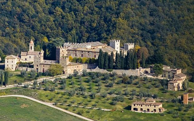 chateau a vendre toscane