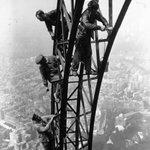 Ingeniería, arquitectura y arte: los 126 años de la Torre Eiffel http://t.co/u0T4OnXo6V #fotos #aniversario http://t.co/jPedD2M1Co