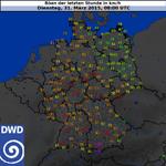 #Niklas tobt. Grafik zeigt stärkste Böen zwischen 9-10 Uhr. Erstaunlich: 108 km/h #München, 101 km/h #Frankfurt/Main http://t.co/7KqAimusXo