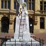 """Going viral """"@LThipa: Khoisan movement in Port Elizabeth, demanding the Statue of Queen Victoria be removed.#sabcEC http://t.co/q0NNyJ7iXs"""""""