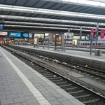 """Bahndurchsage Hauptbahnhof München: """"Bitte reisen Sie nicht mehr"""" http://t.co/dy8H9WMt13"""