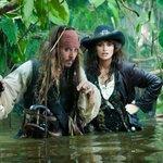 Ferimento de Johnny Depp atrasa filmagens do novo Piratas do Caribe http://t.co/QwaaFUM2Bg #G1 http://t.co/y7PFVmgsD1