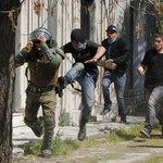 Ex generales acusan que últimos gobiernos han debilitado y desprotegido a Carabineros http://t.co/RhFP834XS6 http://t.co/lzlgTEWsac