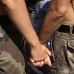 FOTOS: Hombres encarcelados por matar gays se terminaron casando en prisión http://t.co/GgScVWgA2w http://t.co/mnSqpywxDt