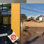 Polémica por supuesta ayuda al alcalde de Copiapó para sacar barro de su casa. EN VIDEO » http://t.co/IfONJUQRjK http://t.co/t3F47Zc2yk