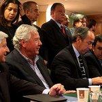 Empresarios golpean la mesa en rechazo de la reforma laboral http://t.co/pPRGyEXuqE http://t.co/GIErsS265C